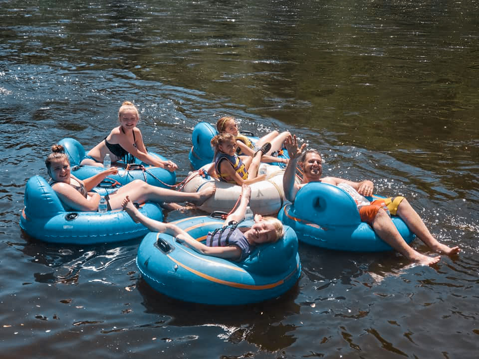 menomonie_irvington_campground_tubing